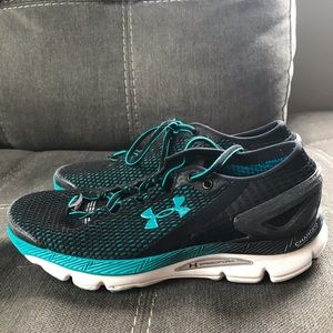 Under Armour running shoes with Bluetooth